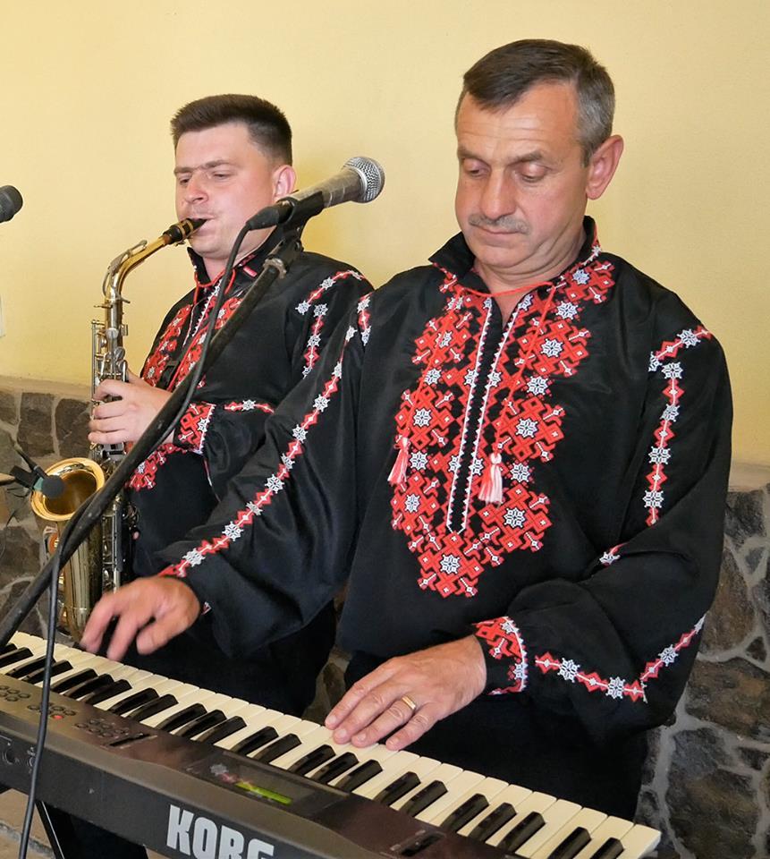 Скачать українські народні пісні безкоштовно.